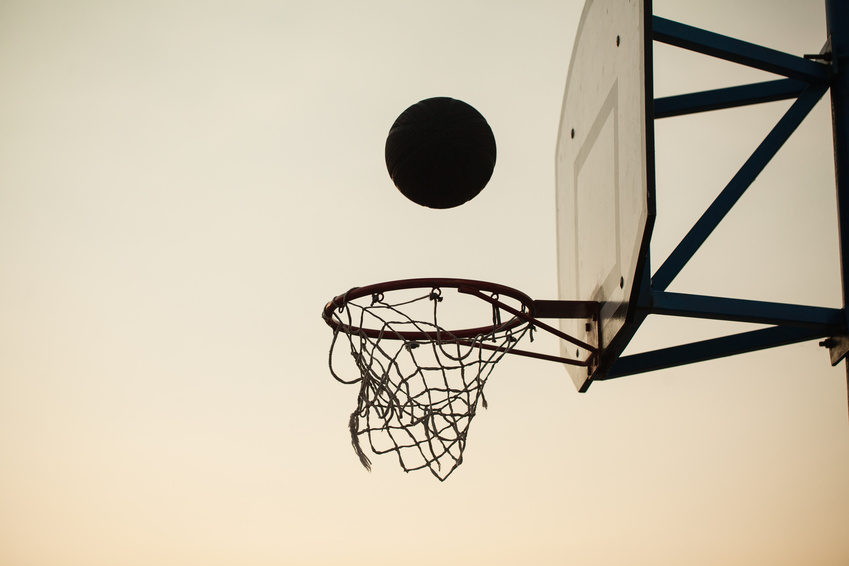 basketball over the ring